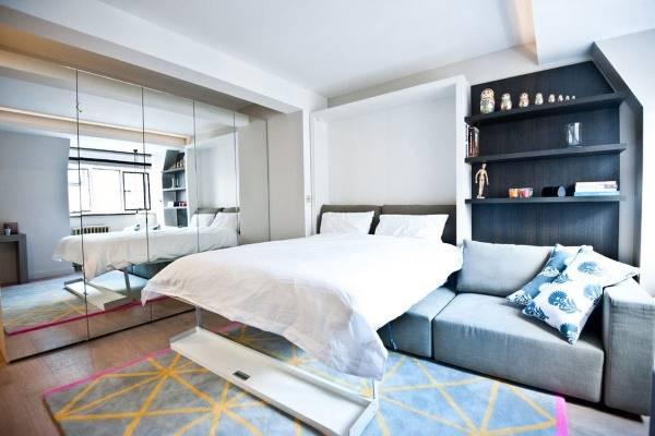 Кровать для однокомнатной квартиры студии