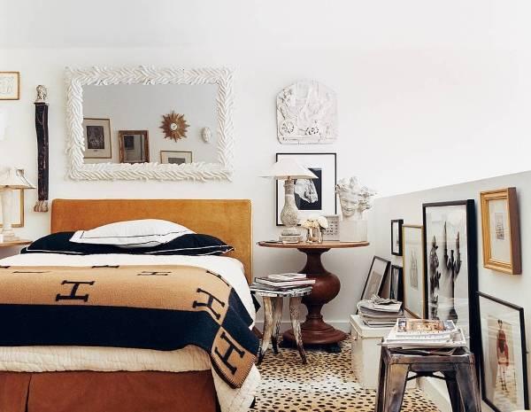 Дизайн спальни с античным декором