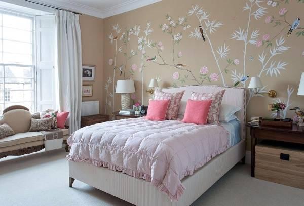 romantichnaya-freska-dlya-spalni