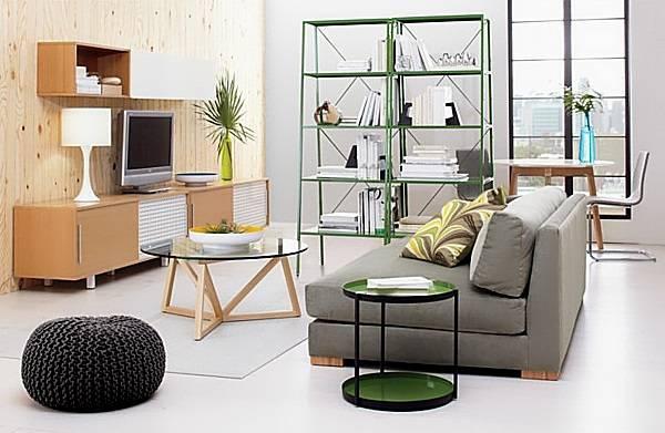 Зеленые полки для гостиной