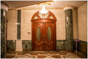 Межкомнатные двери - фото дверей в Марийском театре