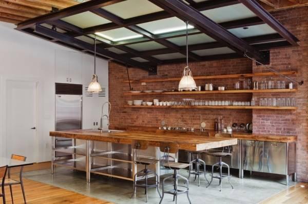 Модная кухня в стиле лофт с открытыми полками
