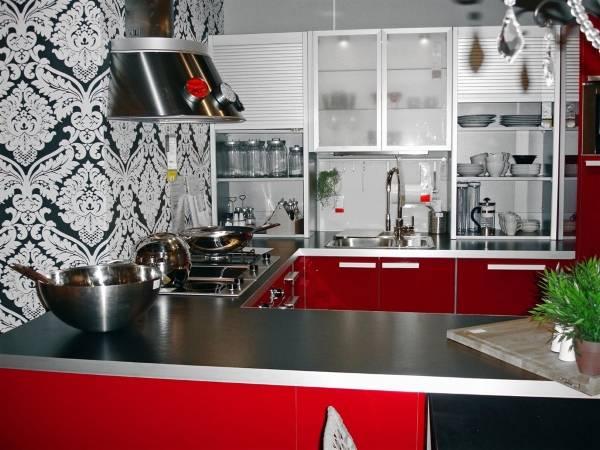 Сексуальный дизайн кухни с обоями 2015