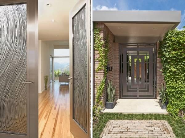 Входные металлические двери с красивой отделкой
