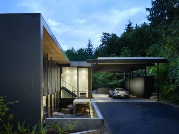 Проект дома с красивым пристроенным навесом