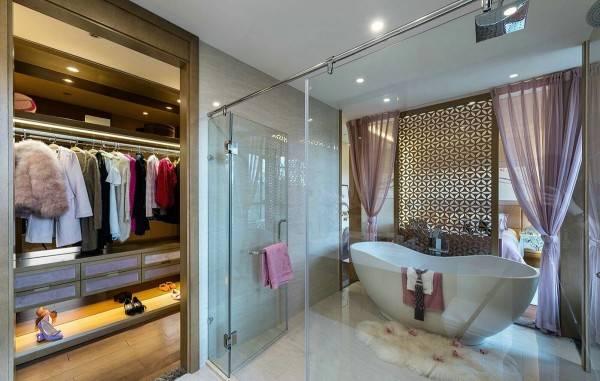 Частный дом - дизайн ванной и гардеробной
