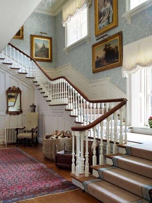 Внутренний дизайн частных домов - лестница