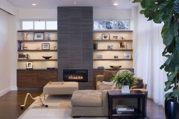 Встраиваемая мебель тумбы и полки в дизайне гостиной