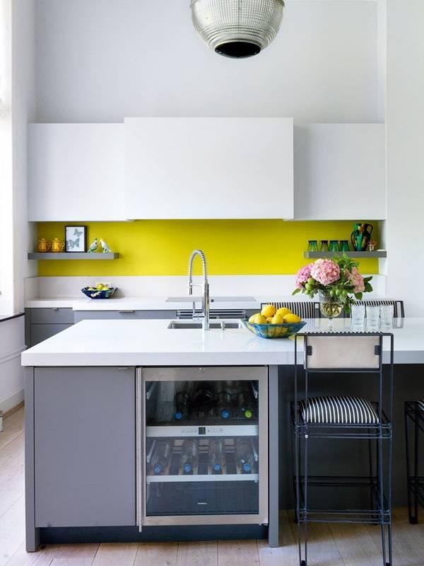 Дизайн небольшой кухни в частном доме