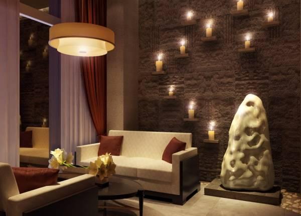 Свечи в дизайне частного дома