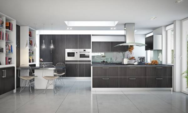 Встраиваемая кухонная мебель в интерьере частного дома