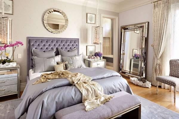 Зеркала в дизайне спальни частного дома