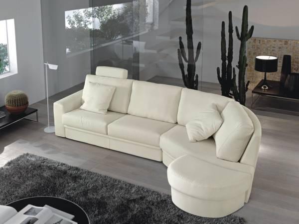 Мягкий угловой диван - фото в белом цвете