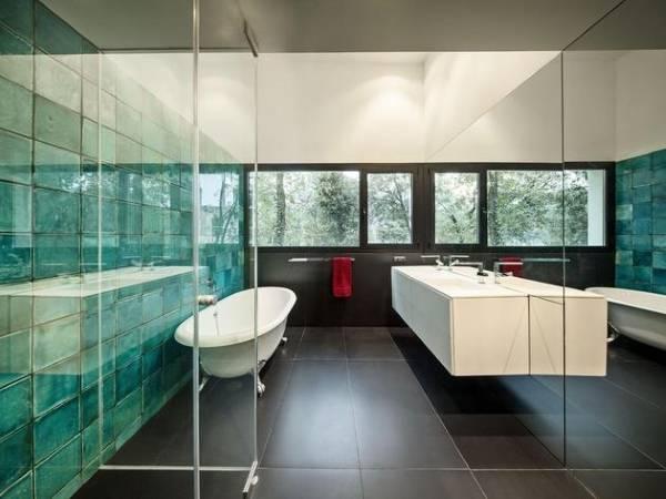 "Дизайн плитки в ванной комнате ""Морская волна"""