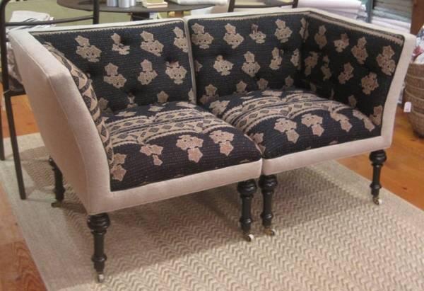 Мягкая мебель - фото дивана из двух угловых кресел