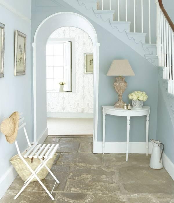 Голубой интерьер прихожей фото стиль прованс