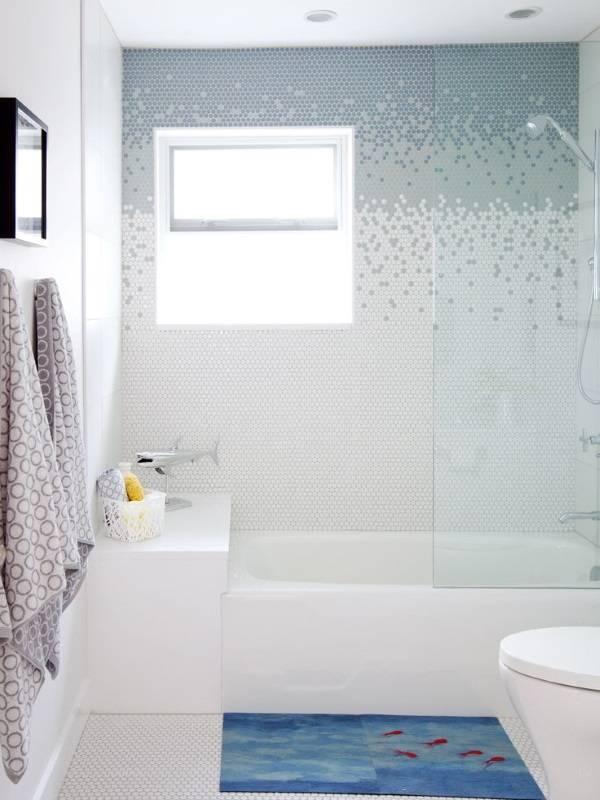 Креативняа отделка ванной плиткой фото дизайн