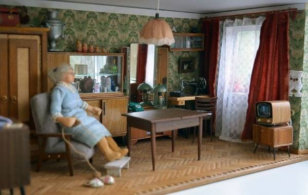 miniatura-sovetskiy-interier