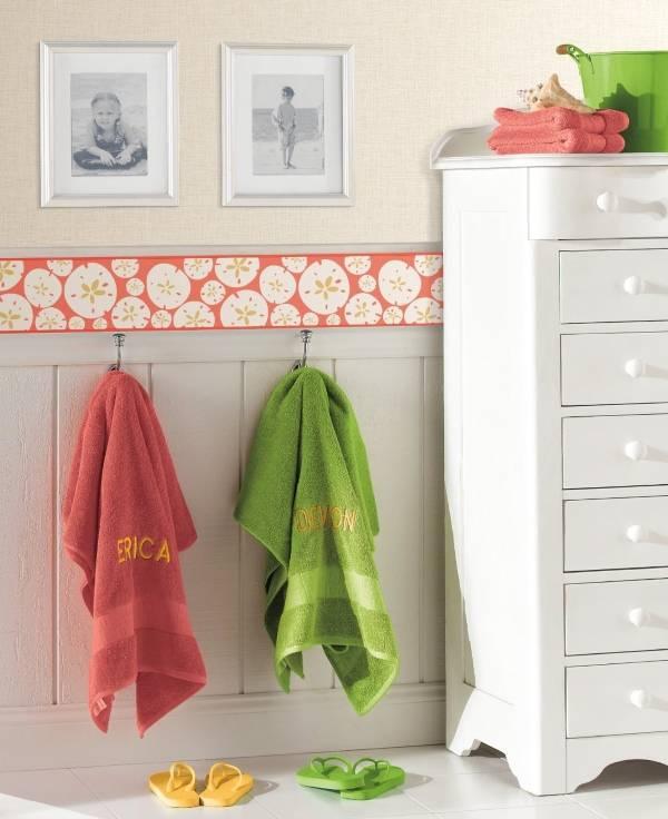Детские бордюры для обоев в дизайне ванной комнаты