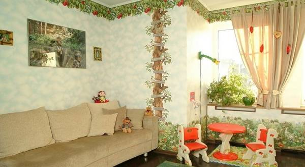 Настенные бордюры для обоев - фото дерева