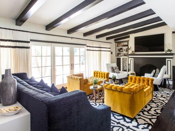 Мягкая мебель для гостиной в современном стиле