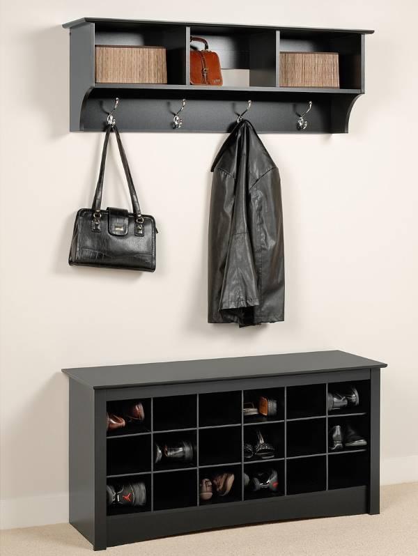 Удобная вешалка и банкетка в прихожую с полками для обуви