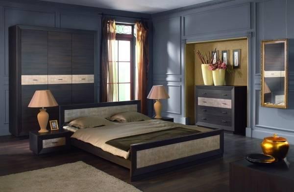 Стильный двухцветный шкаф в спальню