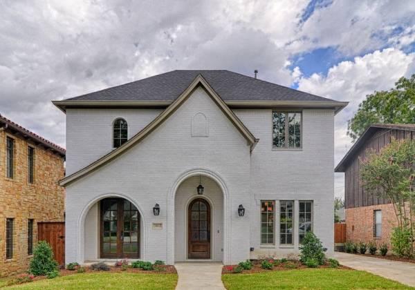 Красивые фасады частных домов - фото дома из кирпича