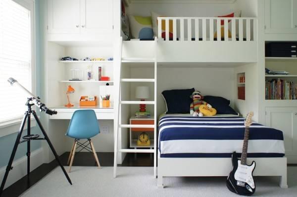 Встроенная мебель - детская кровать чердак фото