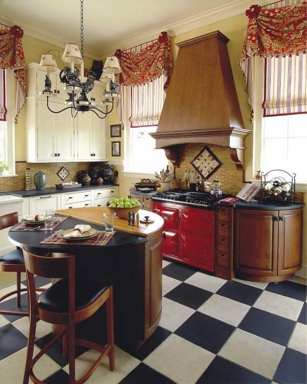 Римские шторы для кухни в деревенском стиле