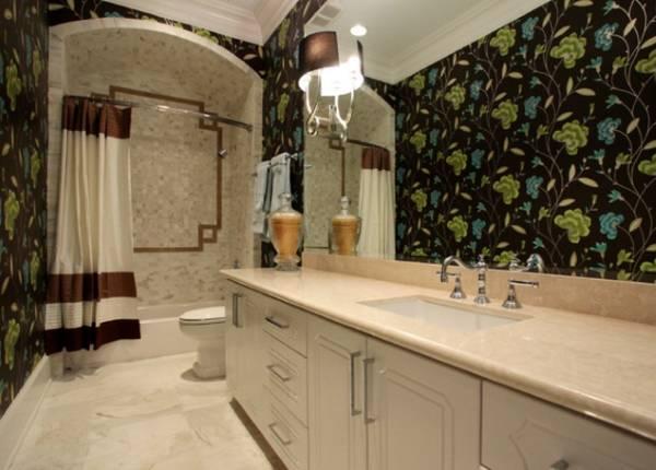 Обои и плитка для ванной в стиле прованс