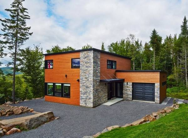 Деревянная и каменная отделка фасадов частных домов фото