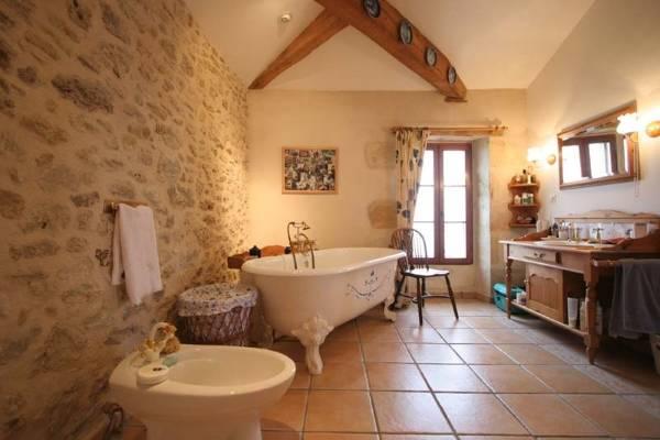 Оригинальный уютный стиль прованс в ванной