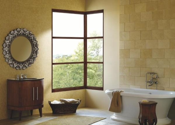 Лучший дизайн окон - фото углового окна в ванной