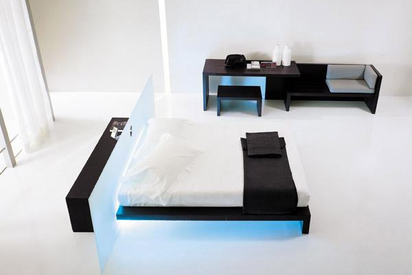 Ультрасовременная спальня в стиле хай тек