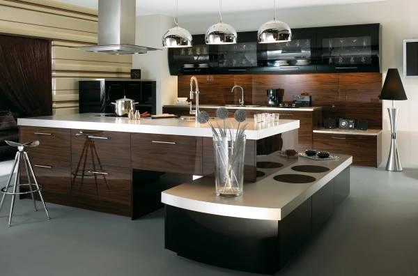 Дизайн кухни в стиле хай тек в темных тонах