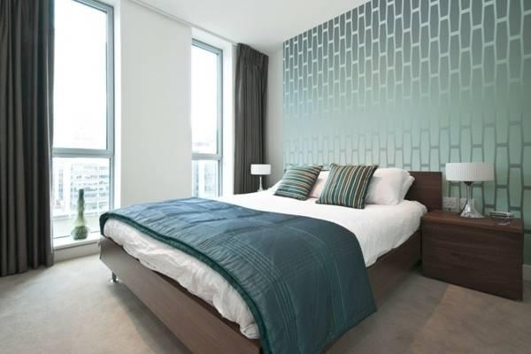 Стиль хай тек в интерьере - фото спальни