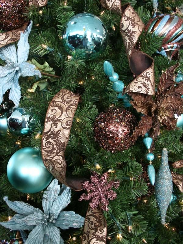 Модное украшение новогодней ёлки