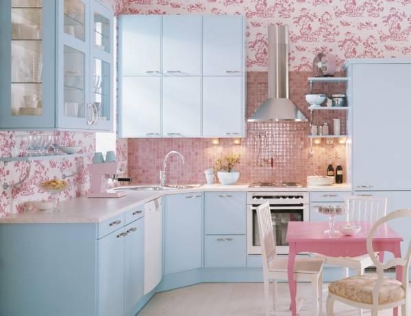Стильная кухня в цветах 2016 года