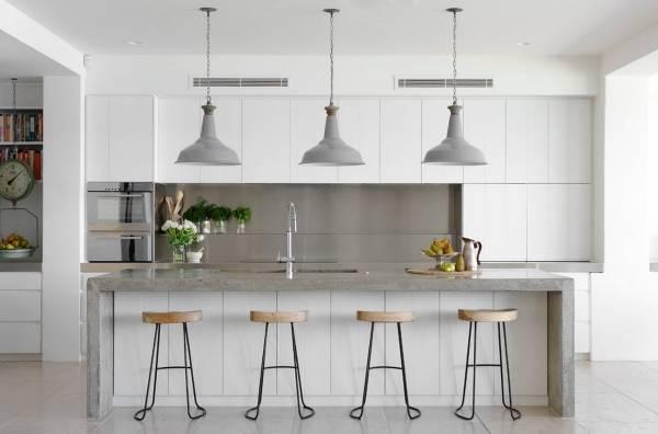 Красивые кухни 2016 - белая кухня в современном стиле