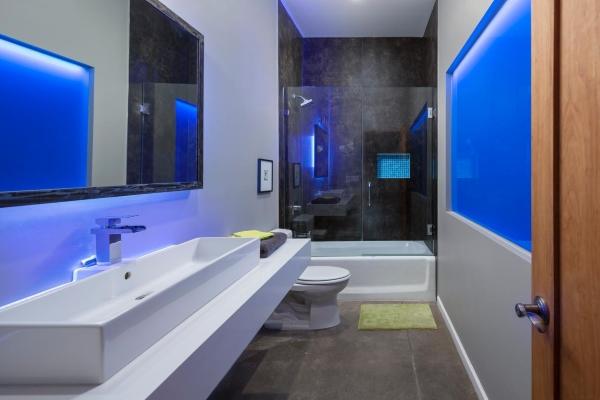Дизайн в стиле хай тек - фото стильной ванной