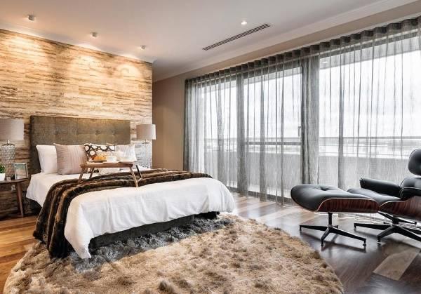 Серые тюлевые шторы в современном дизайне интерьеров