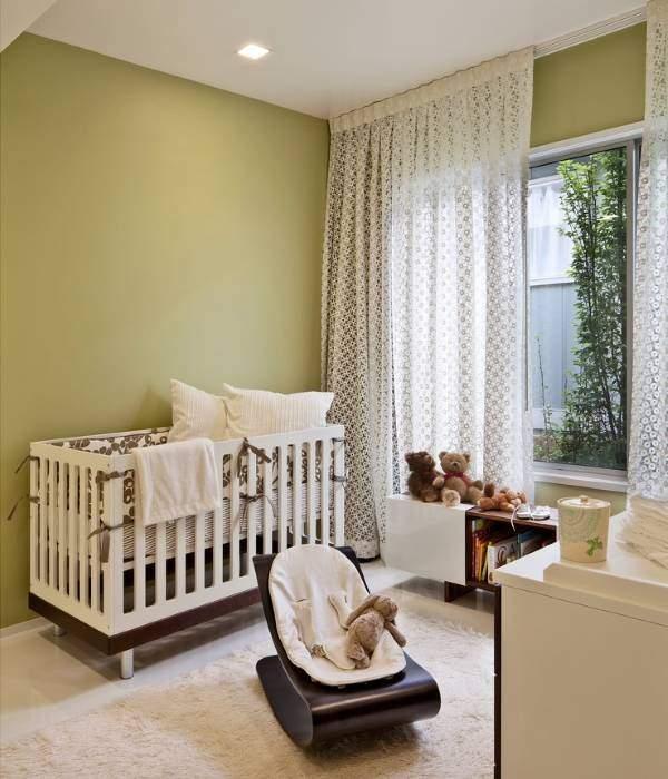 Кружевная тюль в спальне ребенка