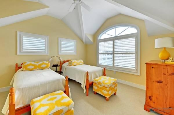 Сочетание желтого и оранжевого в интерьере дома