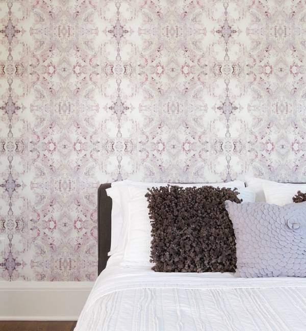 Креативные розовые обои в спальню фото 2015