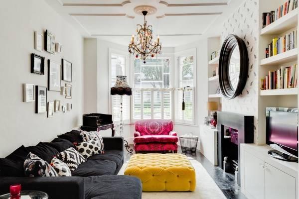 Розовый и желтый цвет в интерьере гостиной