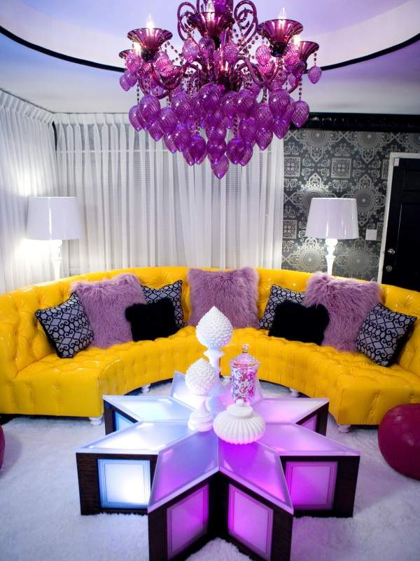 Стильные сочетания цветов - желтый и фиолетовый