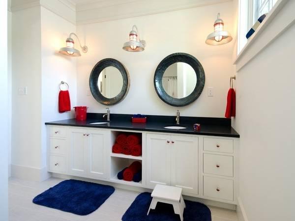 Яркие круглые зеркала в ванную комнату фото