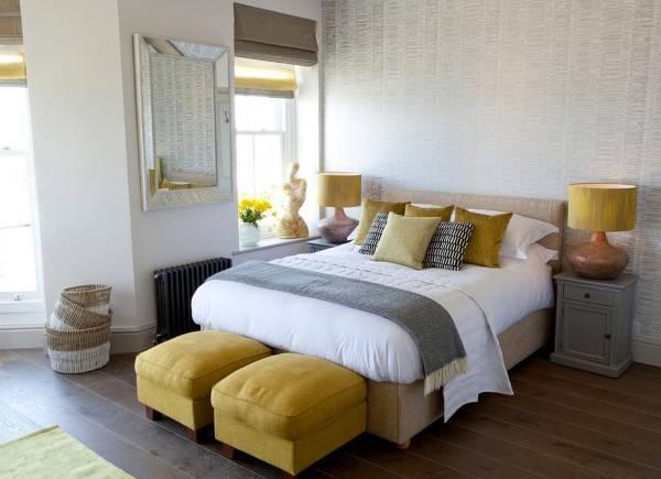 Желтый цвет в интерьере - психология цвета в спальне