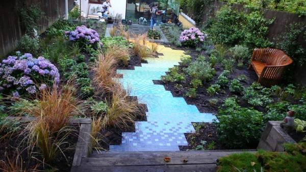 Креативный дизайн садовых дорожек с плиткой